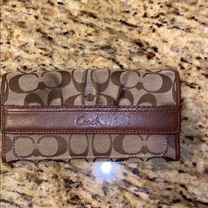 Beautiful Coach Wallet in Great Shape